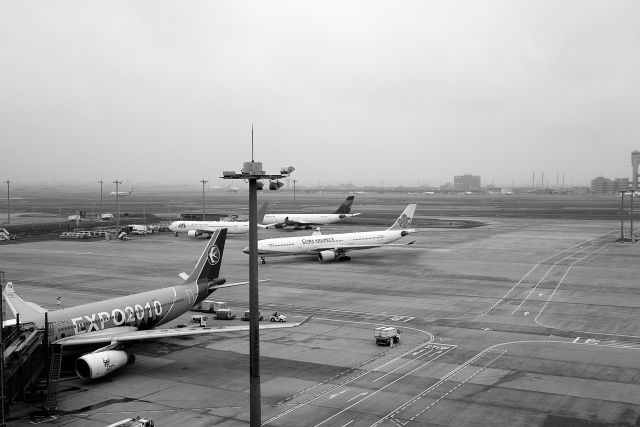 Airport01a