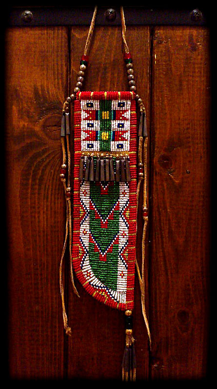 Beaded_knife_sheath_01