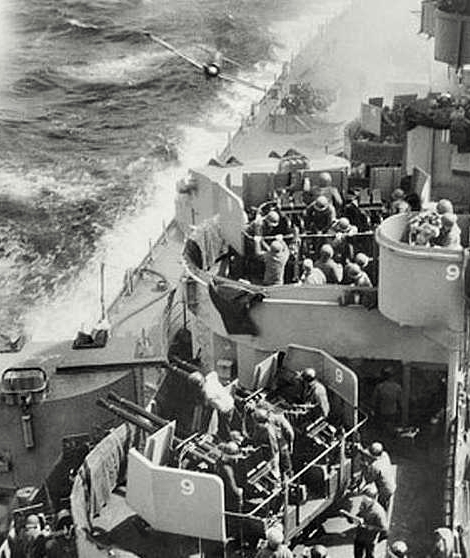 Kamikaze attack on the USS Missouri