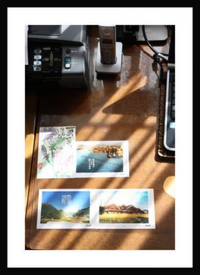 事務所の机の上のある風景