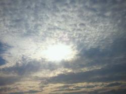 秋の雲と太陽_convert_20111001094248