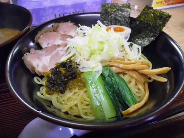 ぶんぶく20111201005
