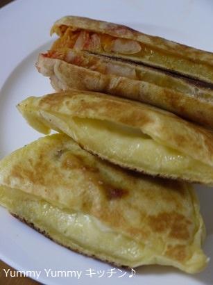 ソーセージチーズとキムチホットック