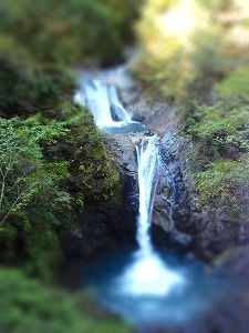 三段の滝-tiltshift