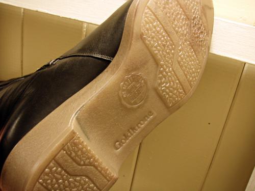 Black_Boots3.jpg