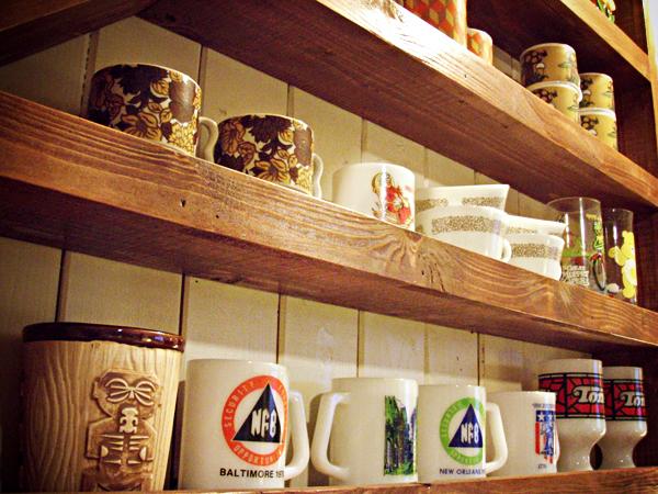 Tracis_Cafe_Shelf.jpg