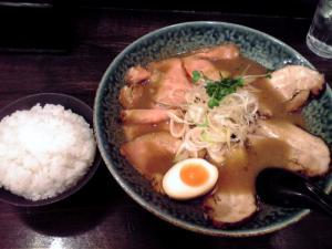綿麺 和風とんこつちゃーしゅー&ごはん(2012年)
