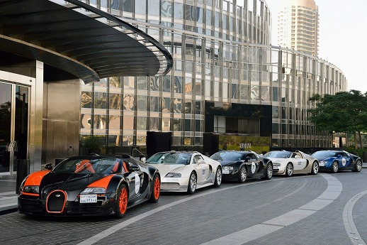 Bugatti-Veyron-Grand-Tour-2013-02.jpg