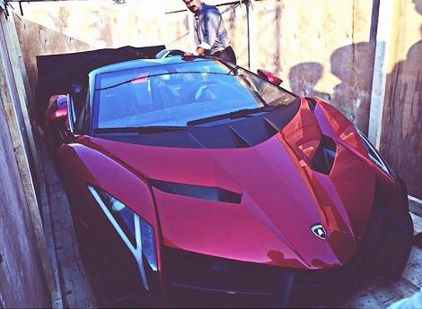 Lamborghini-Veneno-Dubai-Zandbak-2.jpg