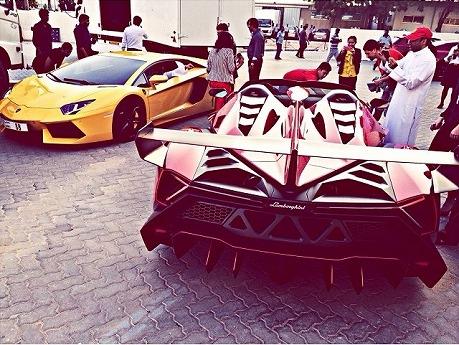 Lamborghini-Veneno-Dubai-Zandbak-5.jpg