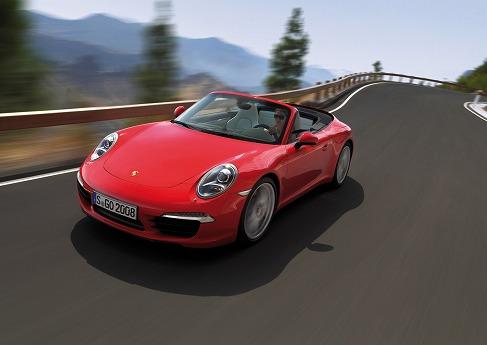 Porsche_911_cabrio_991_02.jpg