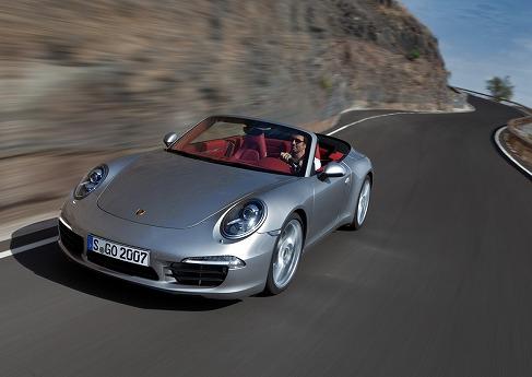 Porsche_911_cabrio_991_10.jpg