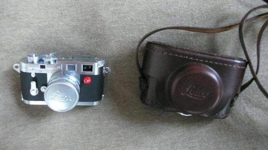 ライカのミニカメラ.jpg