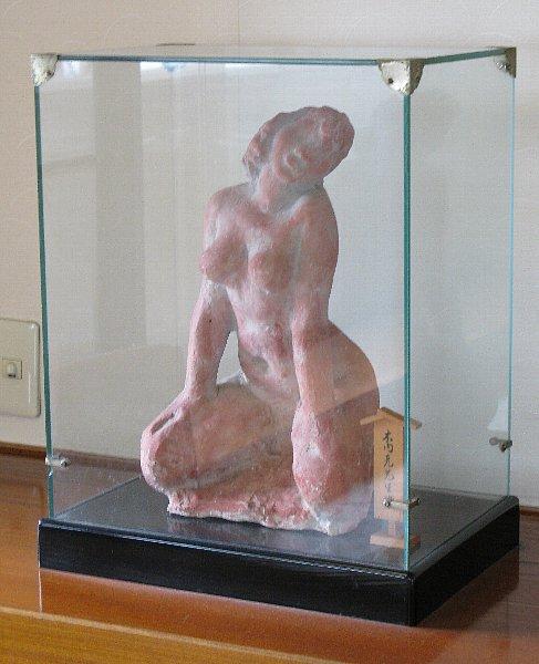 テラコッタ 裸婦
