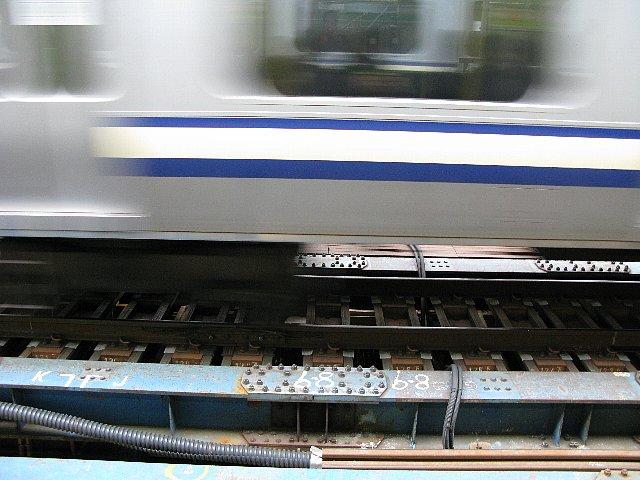 横浜駅 通過