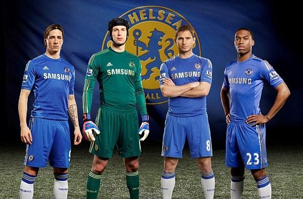 Gold-Chelsea-Kit-2013.jpg