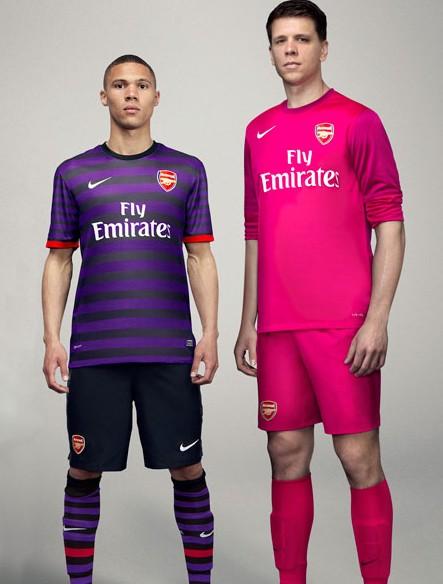 arsenal-away-jersey-2013.jpg