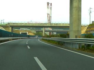 茨城町JCT工事現場で超大型クレーンが登場!