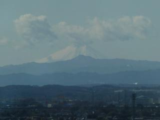 2011-02-13 古代蓮の里 展望室からの富士山