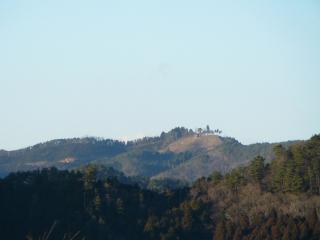 花立自然公園から見た尺丈山