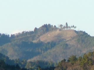 花立自然公園から見た尺丈山(拡大)