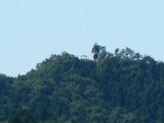 やすらぎの里公園 展望台からの権現山(ズーム)