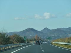 栃木都賀JCT付近の山