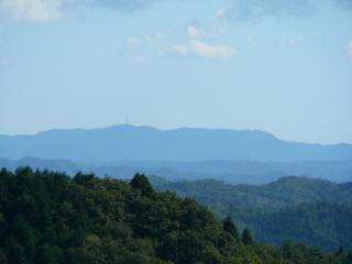 やすらぎの里 展望台からの高鈴山