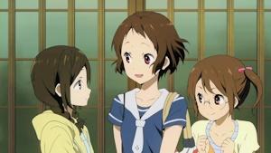 摩耶花と善名姉妹