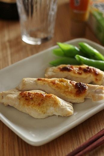 鶏胸肉の柚子胡椒マヨ焼き