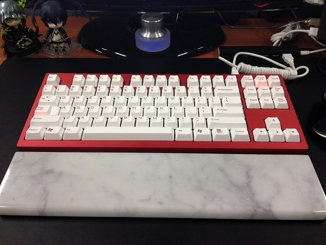 Mechanical_Keyboard_Palmrest2_19.jpg