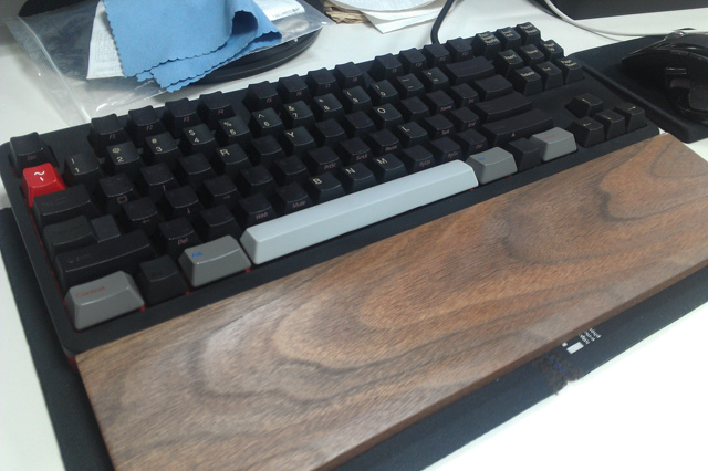 Mechanical_Keyboard_Palmrest2_21.jpg