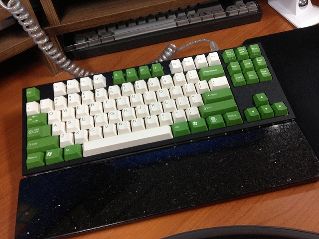 Mechanical_Keyboard_Palmrest2_22.jpg