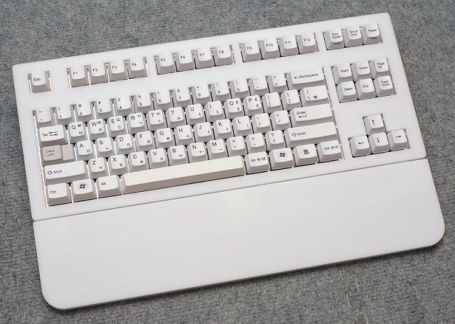 Mechanical_Keyboard_Palmrest2_25.jpg