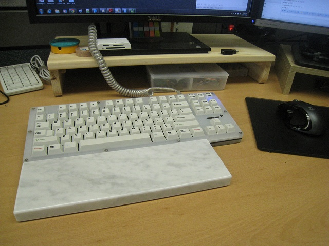 Mechanical_Keyboard_Palmrest2_34.jpg