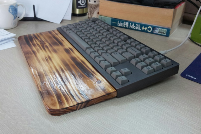 Mechanical_Keyboard_Palmrest2_39.jpg