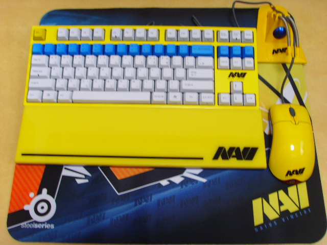 Mechanical_Keyboard_Palmrest2_40.jpg