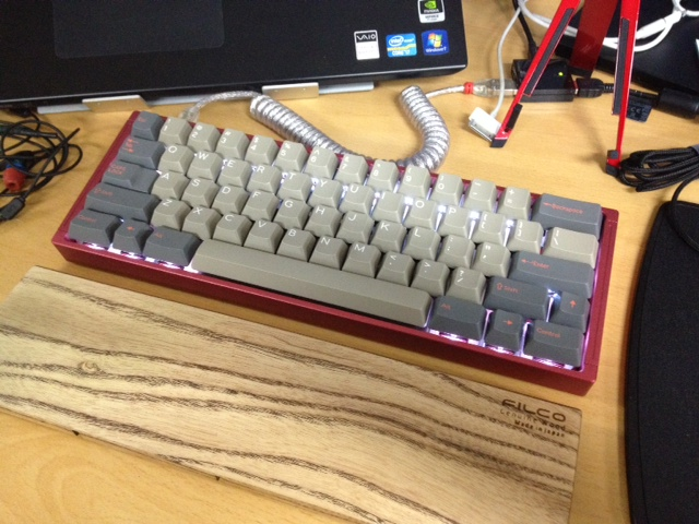 Mechanical_Keyboard_Palmrest2_92.jpg